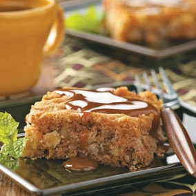 Apple cake with caramel sauce photo 1