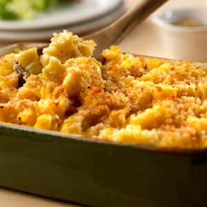 Baked macaroni and cheese photo 3