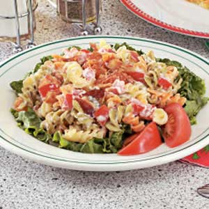 Blt macaroni salad photo 3