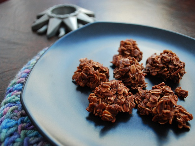 Chocolate coconut macaroons photo 7