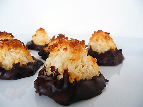 Chocolate coconut macaroons photo 4