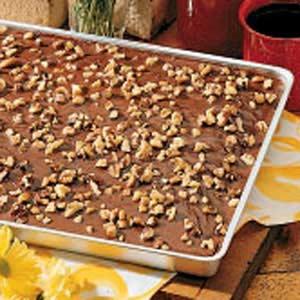 Chocolate sheet cake photo 1