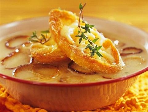 Classic onion soup photo 3