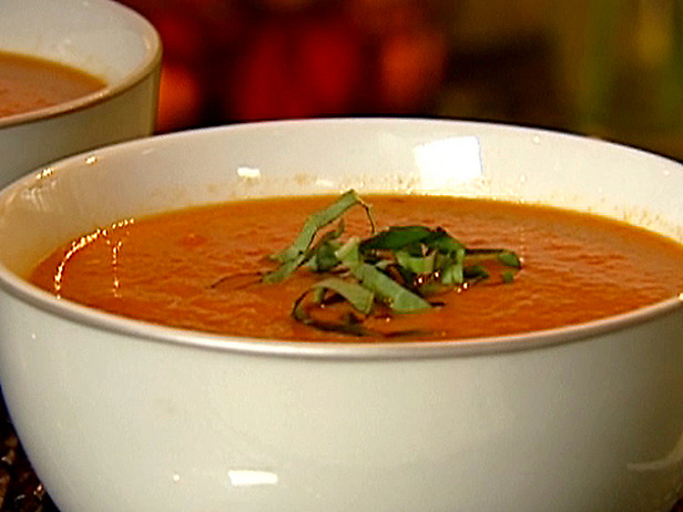 Cream of tomato soup photo 1