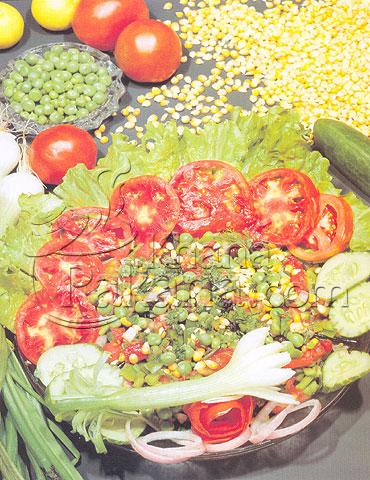 Fresh corn salad photo 1
