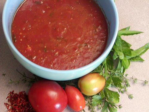 Fresh tomato sauce photo 2