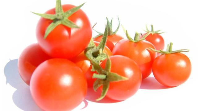 Fresh tomato sauce photo 3