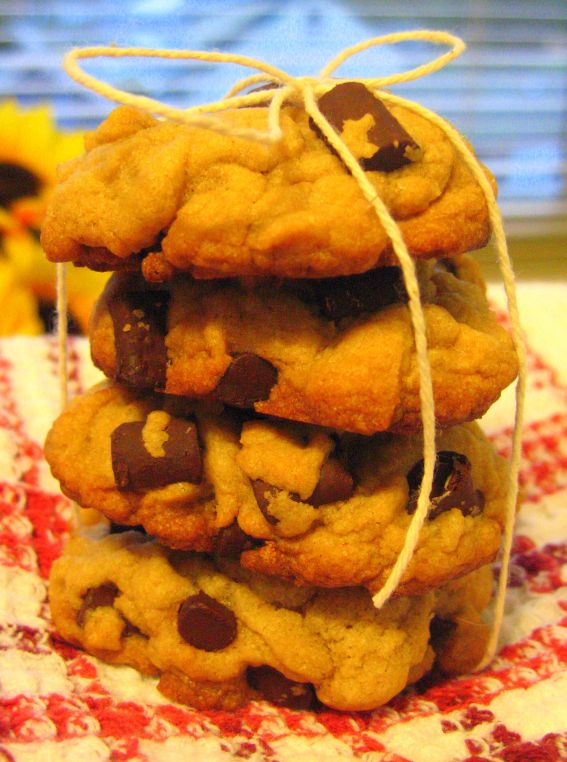 Giant chocolate chip cookies photo 8