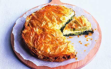 Greek spinach pie photo 2