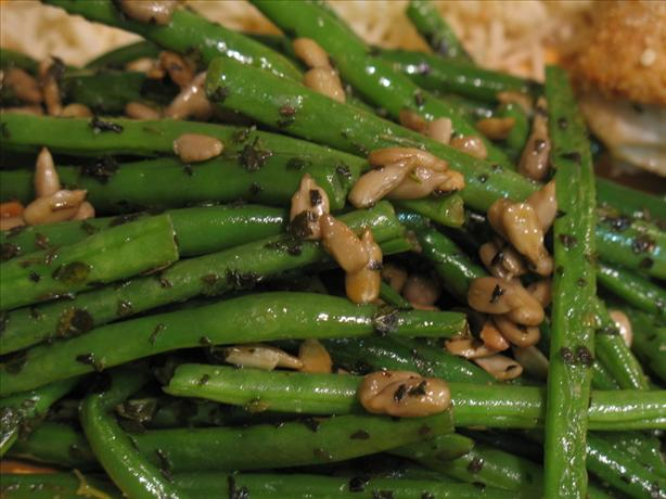 Green beans with sunflower seeds photo 2