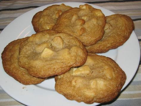 Macadamia white chocolate chip cookies photo 5
