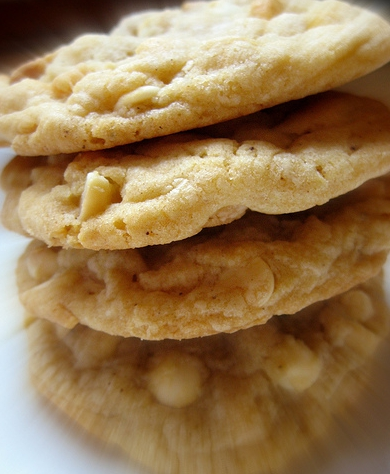Macadamia white chocolate chip cookies photo 4
