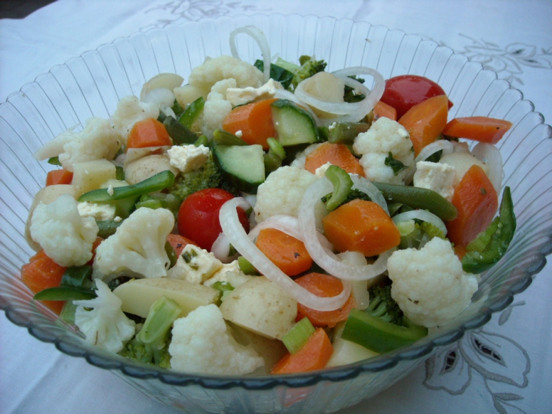 Marinated fresh vegetable salad photo 3