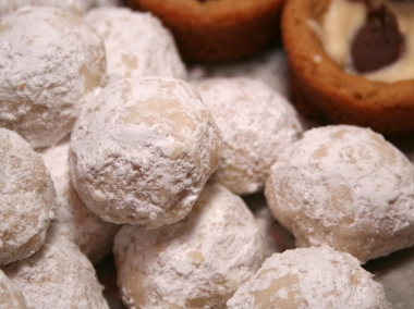Mexican wedding cookies photo 4