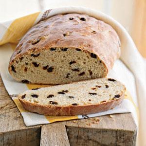 Raisin bread photo 2