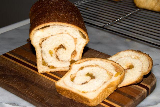 Raisin bread photo 1