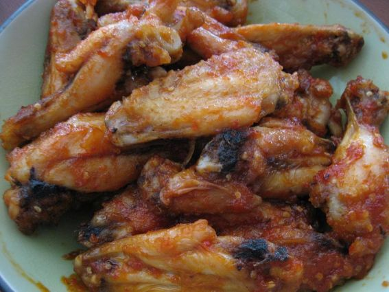 Spicy chicken wings photo 2