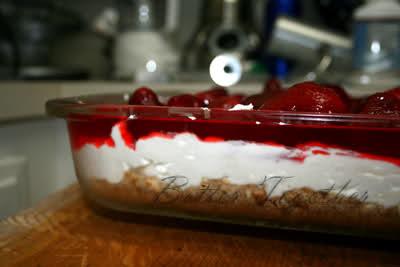 Strawberry jello pretzel salad photo 3