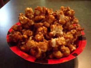 Baked caramel corn photo 2