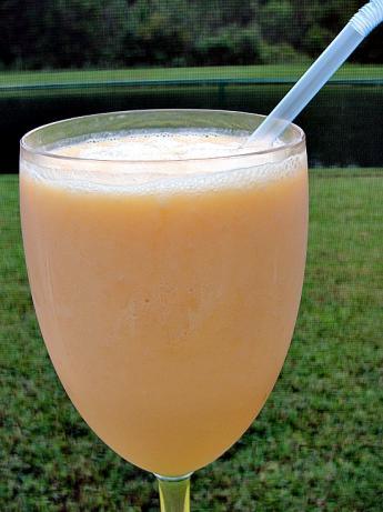 Cantaloupe smoothie photo 1