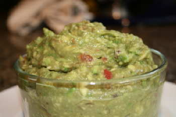 Guacamole dip photo 1
