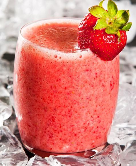 Strawberry smoothie photo 2