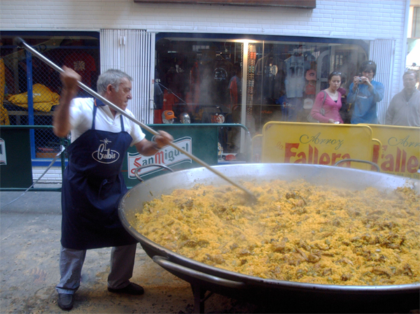 Spanish paella photo 3