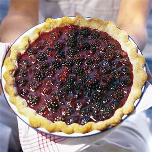 Blackberry pie photo 3
