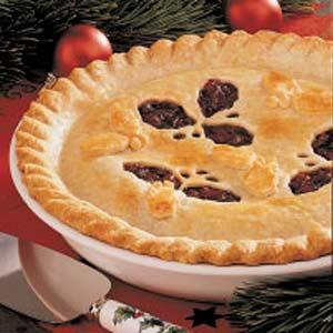 Cranberry-raisin pie photo 1