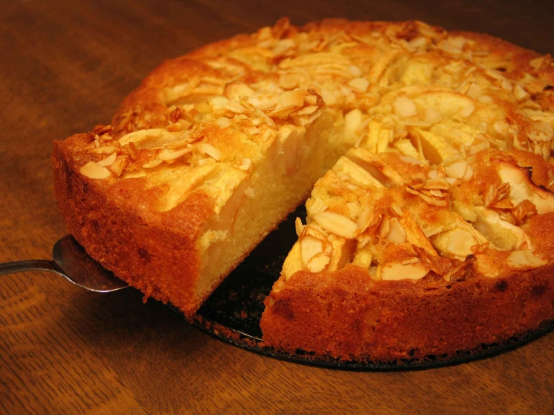 Dutch apple cake photo 3