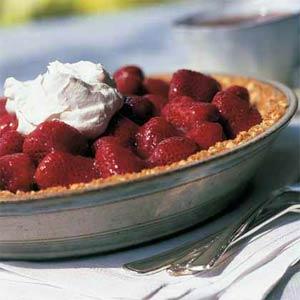 Fresh strawberry pie photo 1