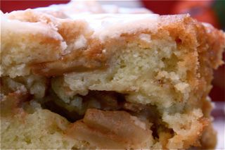 Jewish apple cake photo 1