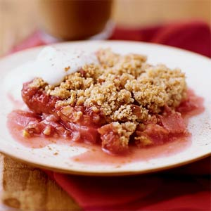 Rhubarb crisp photo 1