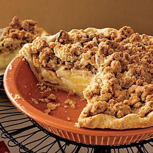 Sour cream apple pie photo 2