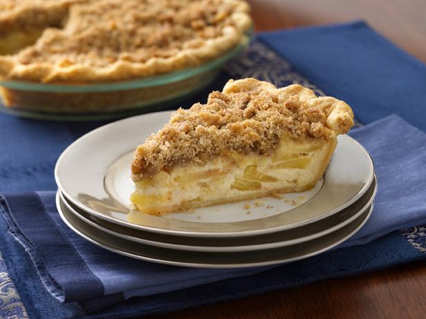 Sour cream apple pie photo 3