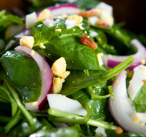 Spinach salad photo 1