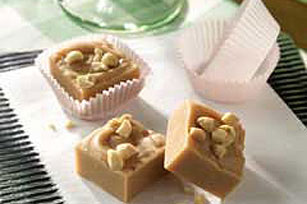 Creamy peanut butter fudge photo 2
