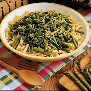 Pasta with asparagus photo 1