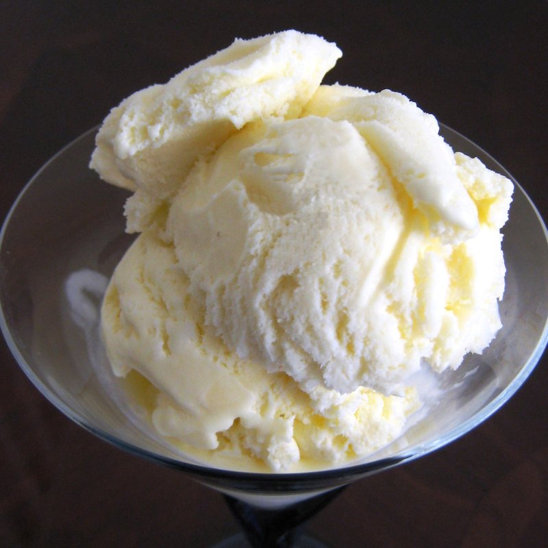 Vanilla ice cream photo 1