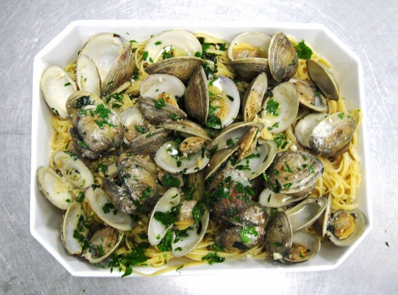 Linguine and clams photo 3