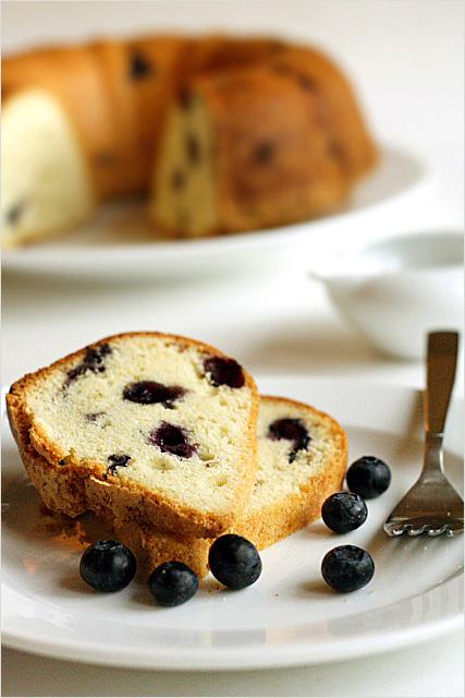 Blueberry pound cake photo 2