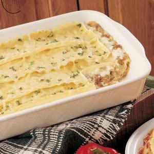 White lasagna photo 2
