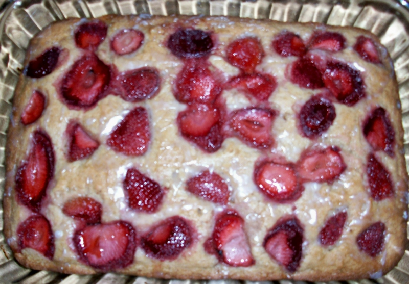 Strawberry nut cake photo 1