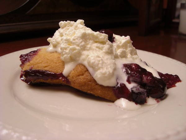 Easy berry cobbler photo 1