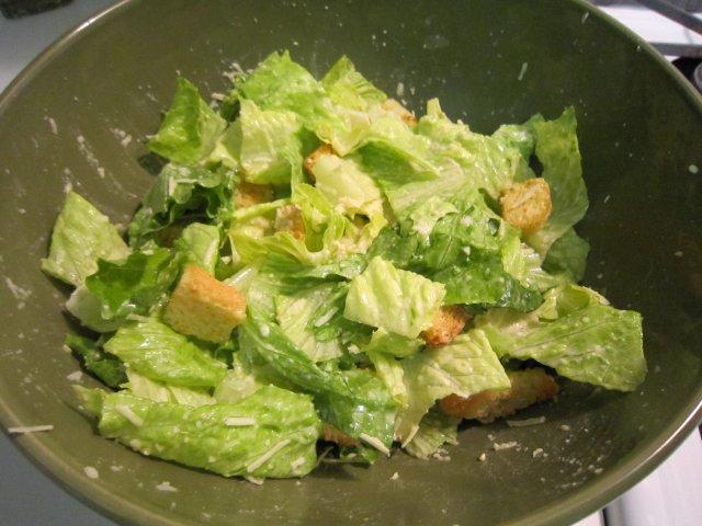 Caesar salad photo 1