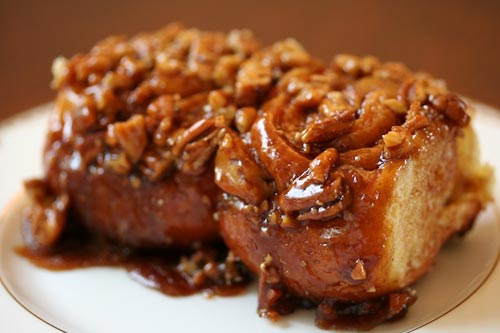 Sticky cinnamon buns photo 2