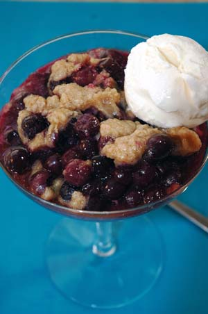 Blueberry crumble photo 2