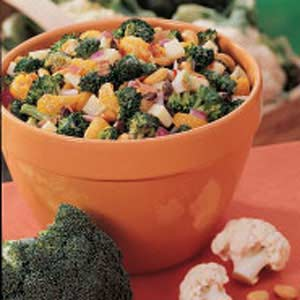 Broccoli orange salad photo 1