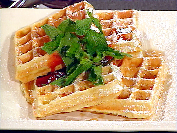 Classic belgian waffles photo 1