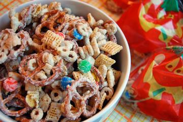 White chocolate chex mix photo 1